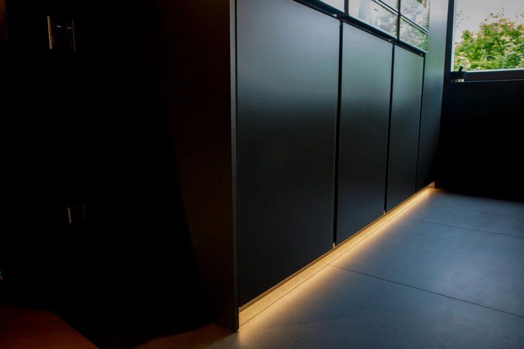 Подсветка мебели<br /> и лесниц
